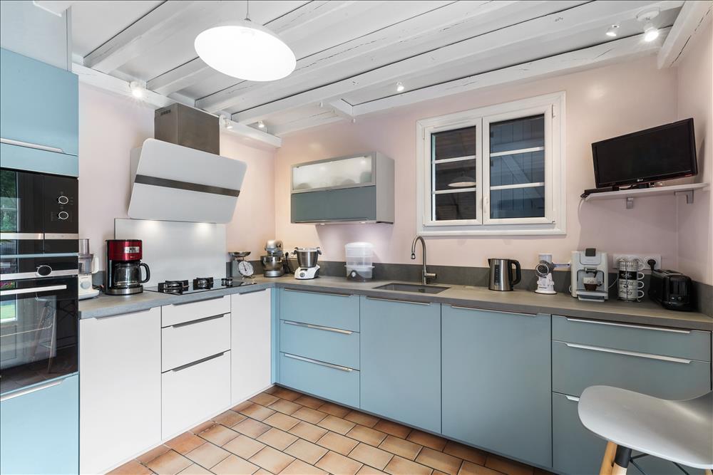 Open moderne keuken in L-vorm  1