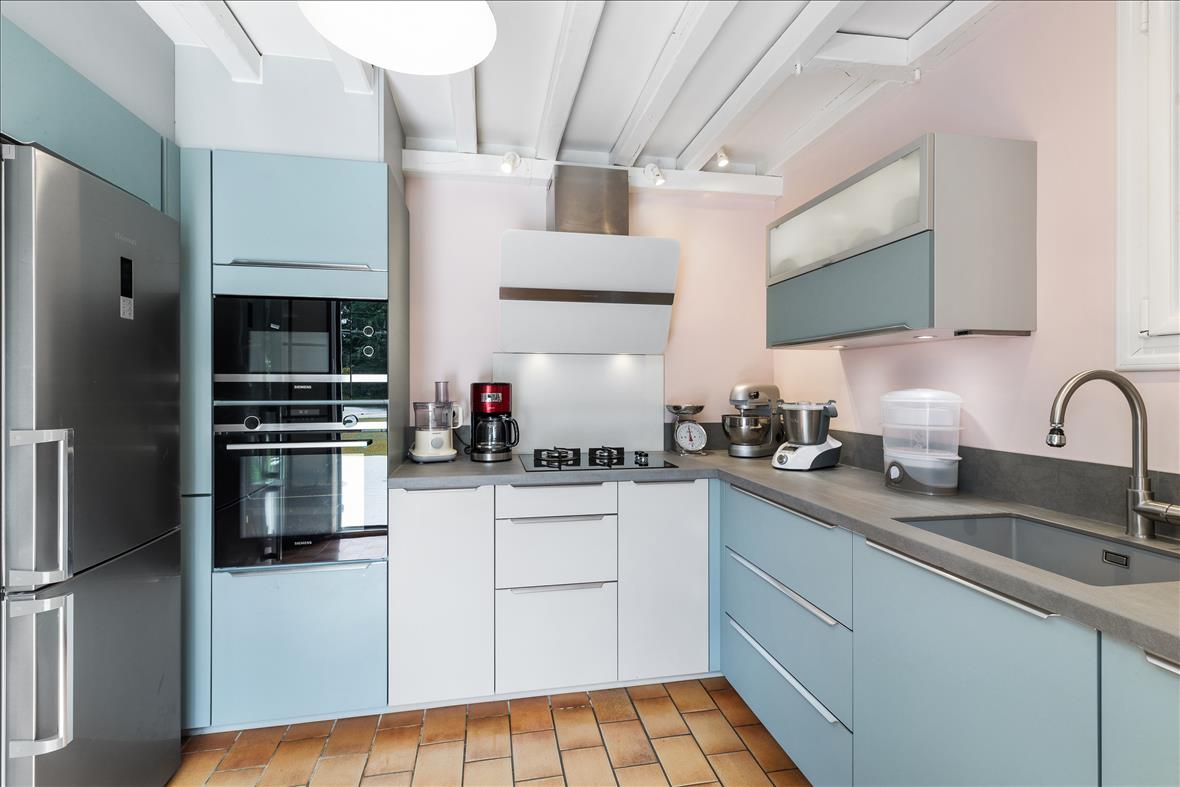 Open moderne keuken in L-vorm  2