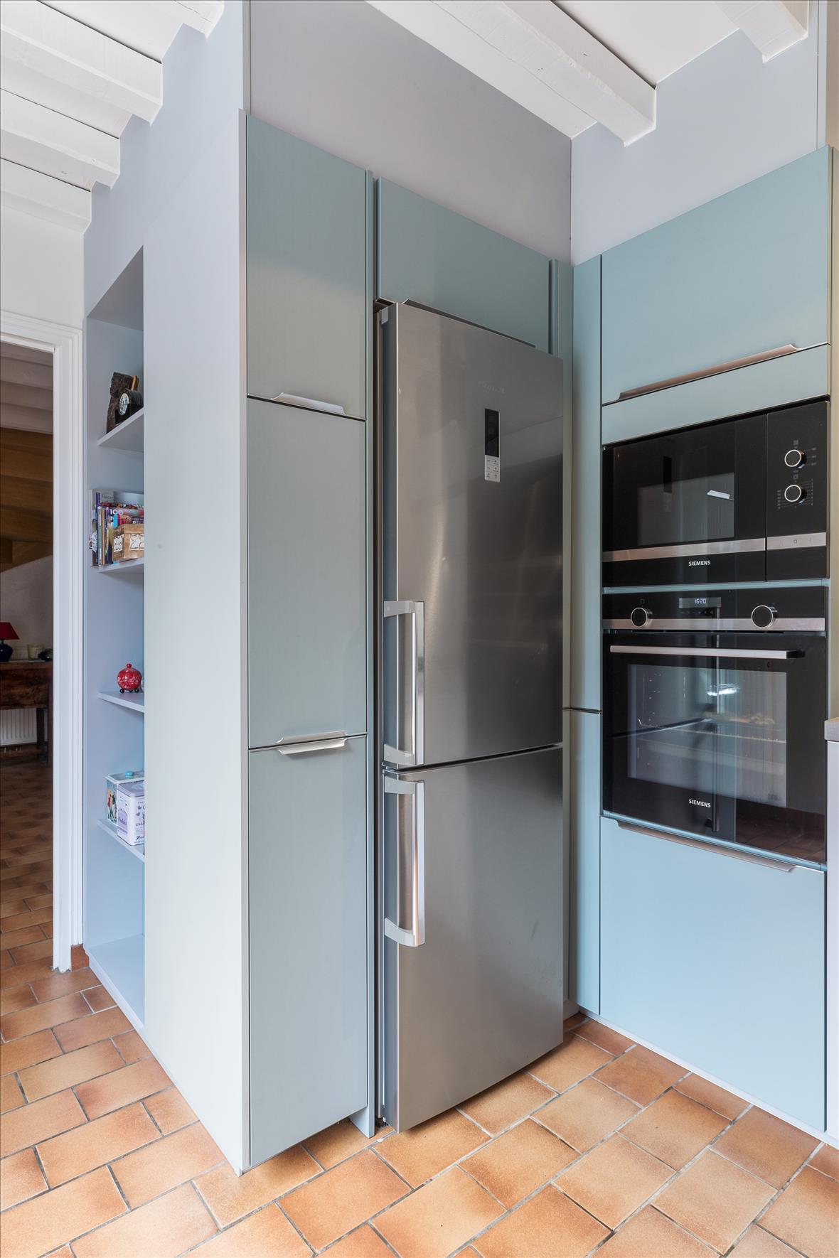 Open moderne keuken in L-vorm  10