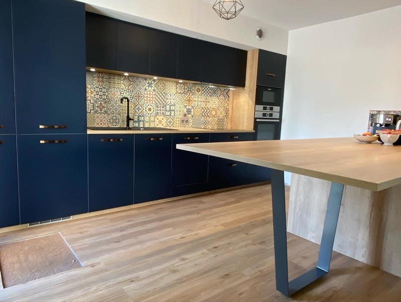 Open moderne blauwe keuken 2