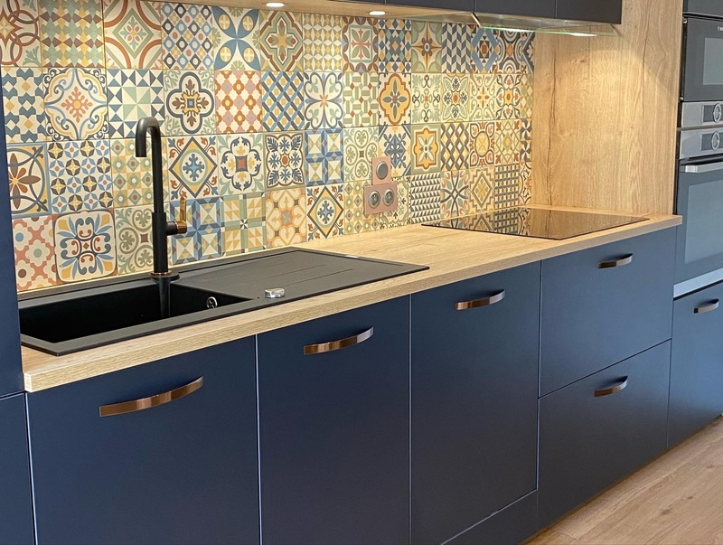 Open moderne blauwe keuken 3
