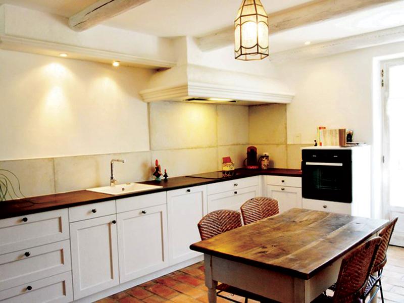 Gesloten cottage witte keuken in L-vorm 1