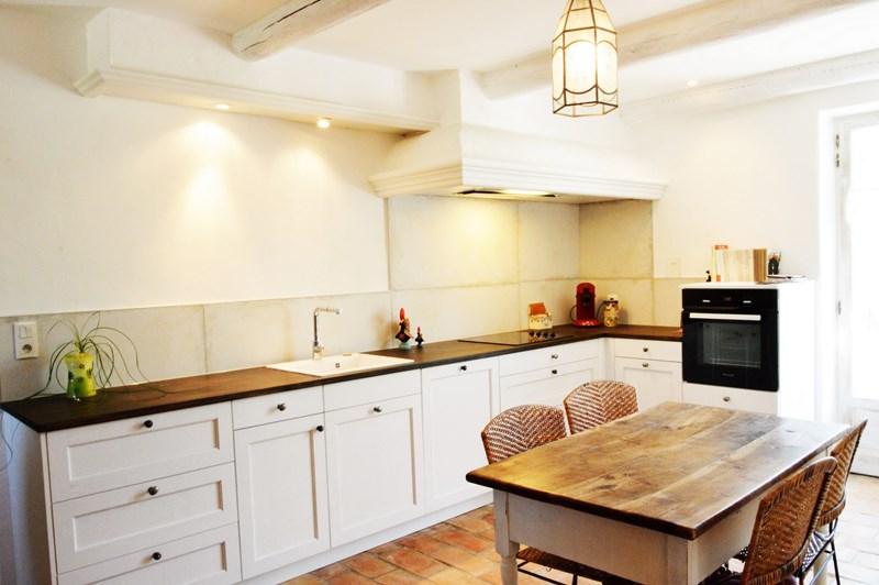 Gesloten cottage witte keuken in L-vorm 2