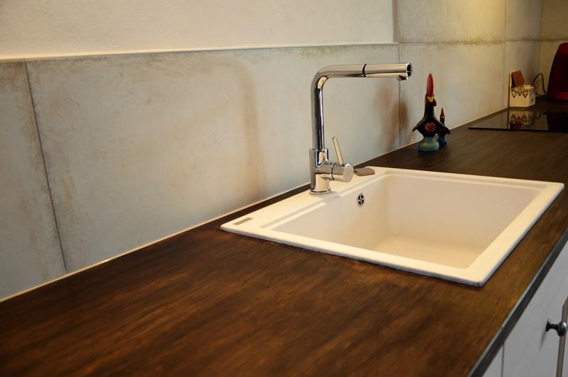Gesloten cottage witte keuken in L-vorm 4