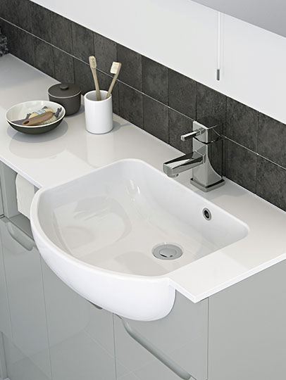 Fitted vanity unit