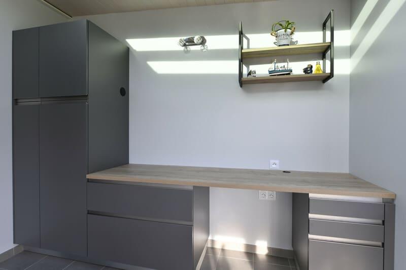 Cuisine blanche, bois et grise par Romain Langlet | Raison Home - 3