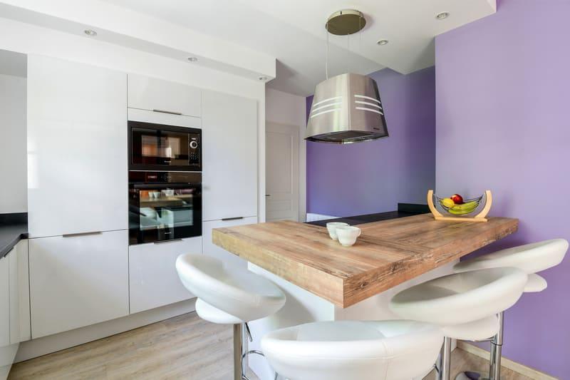 Cuisine contemporaine blanche et violet par Pascal LAURENCE - 2