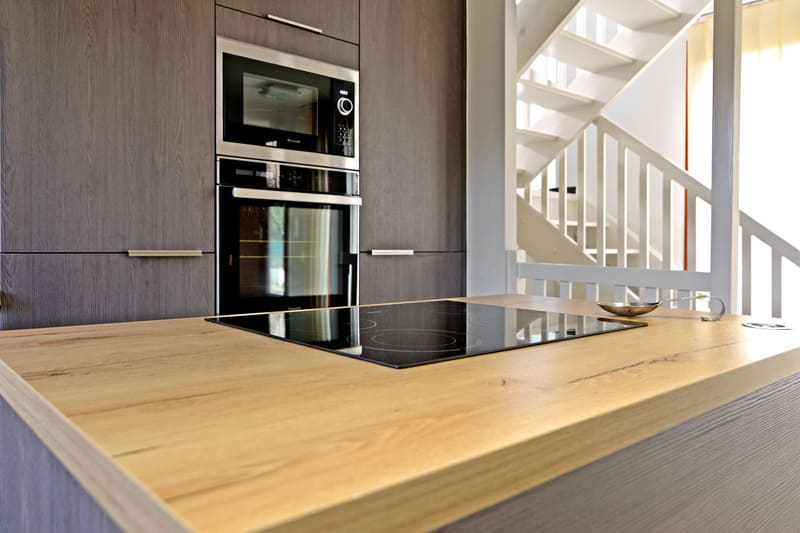 Cuisine bois foncé grisé par Pascal LAURENCE - 5