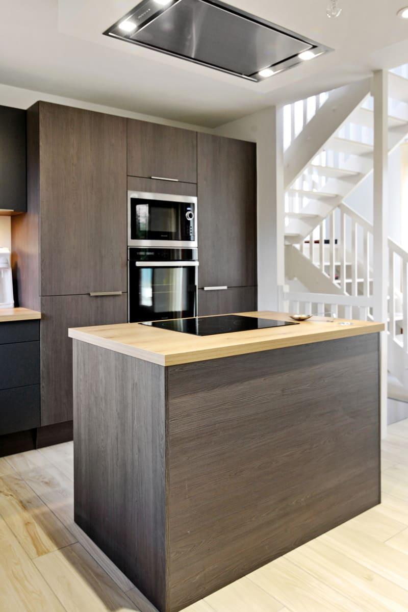 Cuisine bois foncé grisé par Pascal LAURENCE - 10